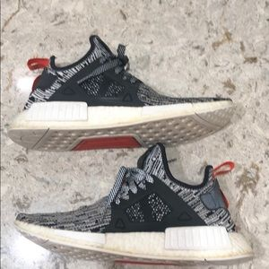 adidas Shoes - Nmd xr1 static size 9